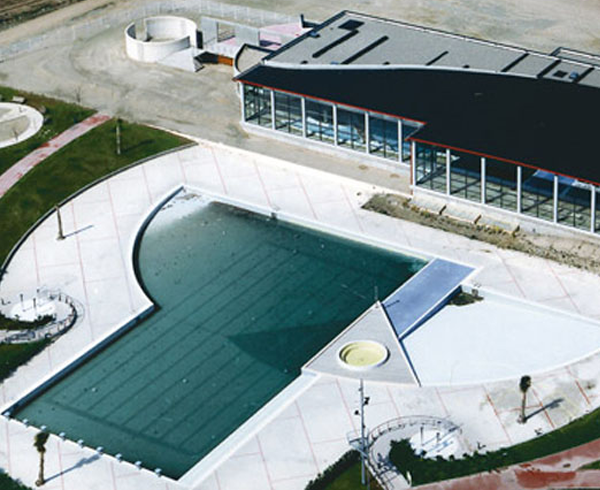 Piscinas y complejos deportivos en zaragoza for Piscinas climatizadas zaragoza